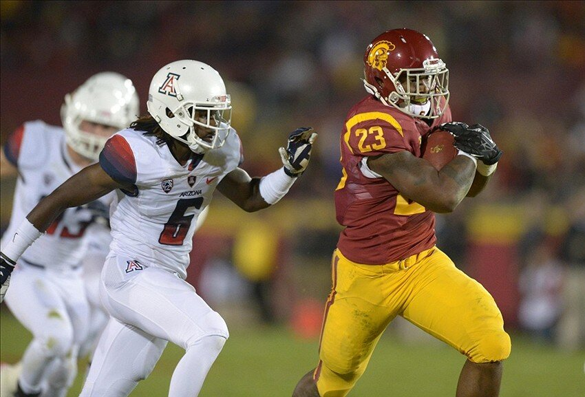 USC-Trojans-vs-Arizona-Wildcats