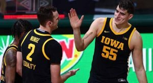 #9 Iowa vs #3 Michigan Road to March Madness