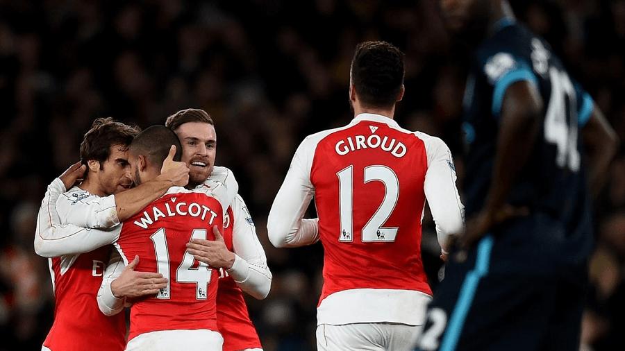 Arsenal-Goal-Celebration-EPL-Odds-compressor