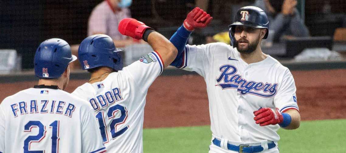 Astros vs Rangers