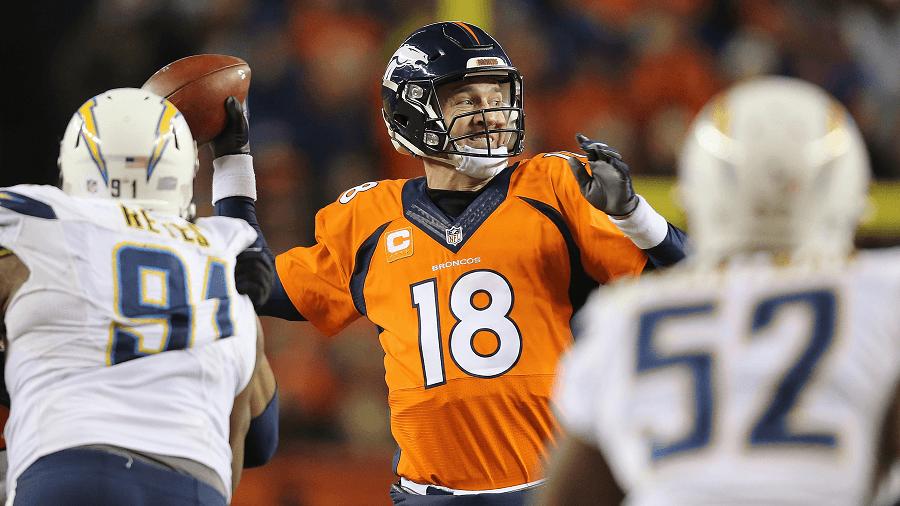 Peyton Manning wants another shot at Super Bowl gold.
