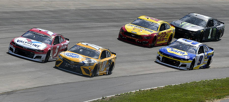 NASCAR 2021 Cook Out Southern 500 Betting Odds & Analysis