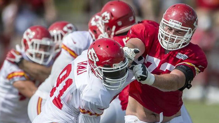 NFL-betting-eric-fisher-chiefs-2015