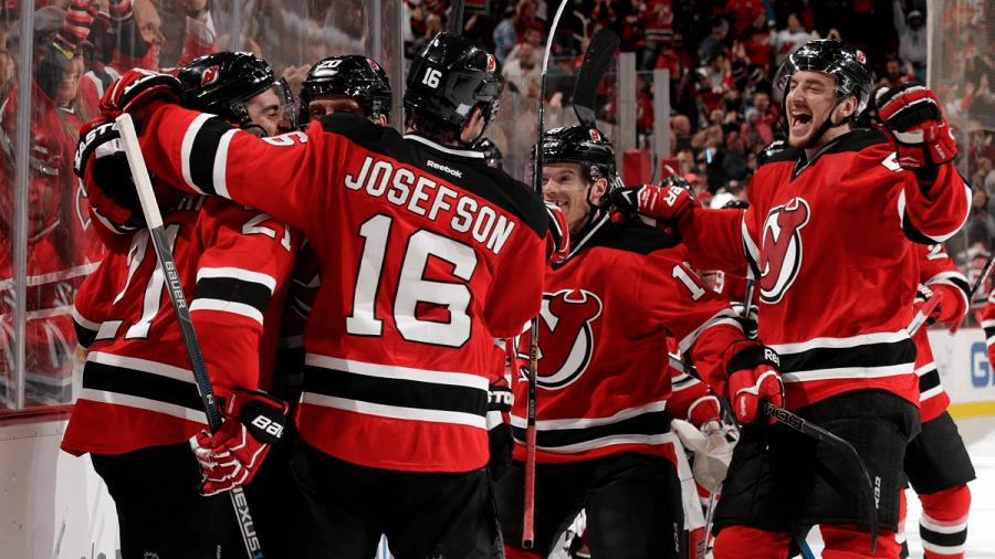 New-Jersey-Devils-Celebration-NHL-Odds-compressor