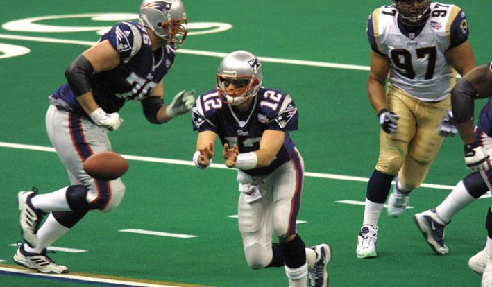 Patriots vs Rams Super Bowl