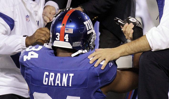 fake-injury-giants-2011