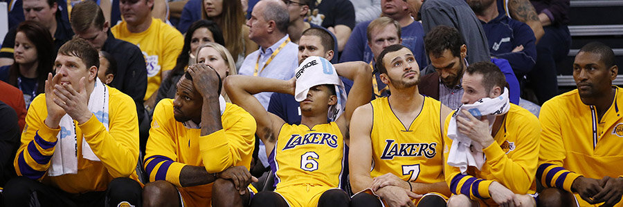 Curry and Dubs Look to Stay Pick Up Momentum At Expense of Injury-Riddled Lakers