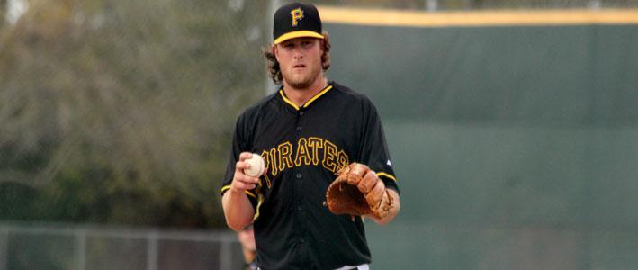 Pittsburgh Pirates vs Kansas City Royals Preview & MLB Lines