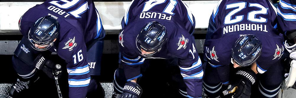 the-winnipeg-jets-should-dominate-hockey-odds-vs-maple-leafs